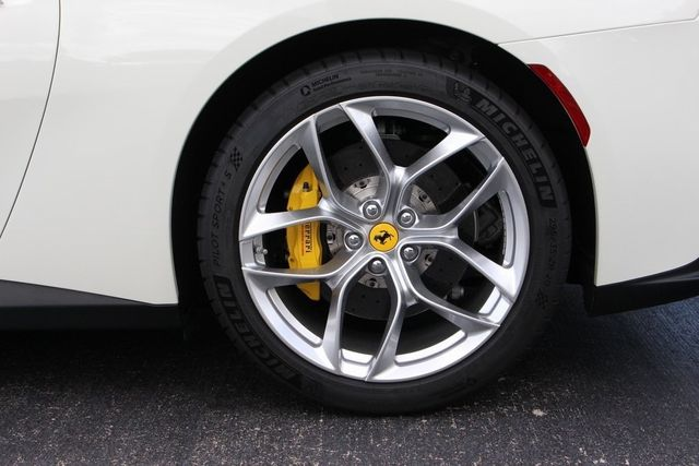 2018 Ferrari GTC4 Lusso  - 18290917 - 13
