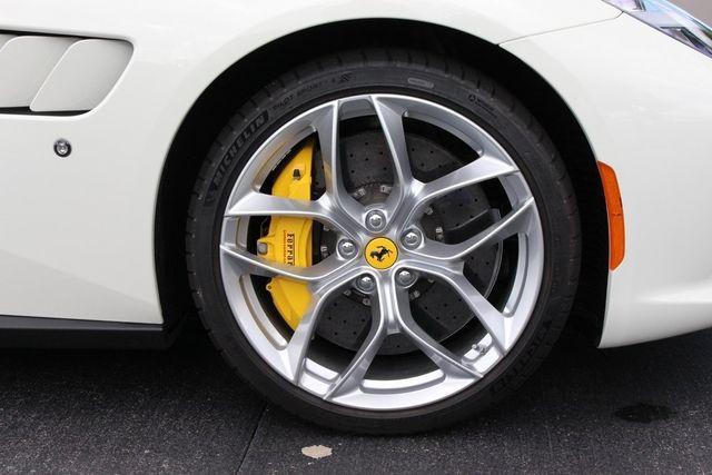 2018 Ferrari GTC4 Lusso  - 18290917 - 15
