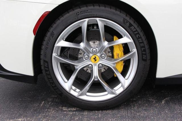 2018 Ferrari GTC4 Lusso  - 18290917 - 16