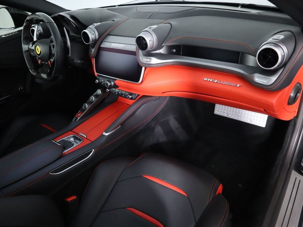 2018 Ferrari GTC4Lusso T  - 18913828 - 18