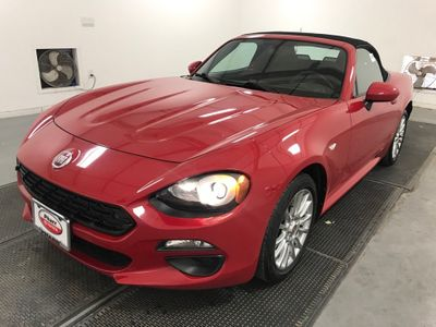 2018 FIAT 124 Spider Classica Convertible - Click to see full-size photo viewer