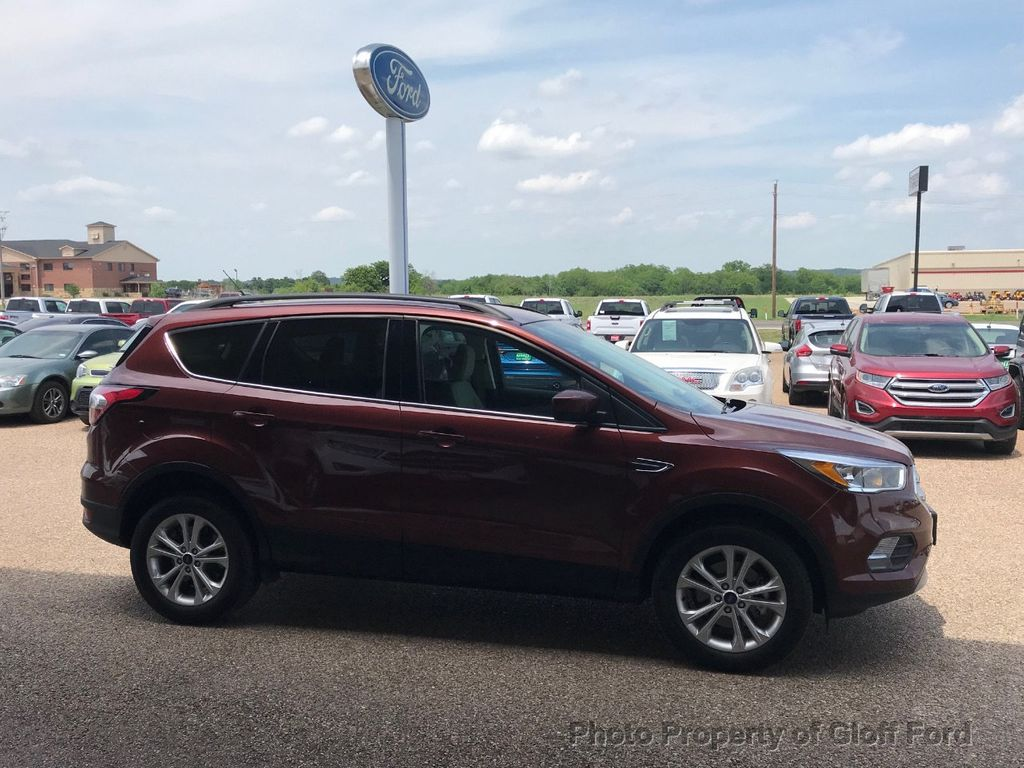 2018 Ford Escape SE FWD - 17662648 - 5