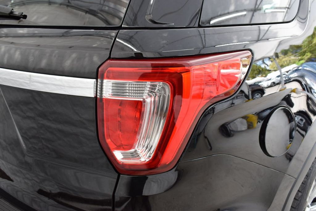2018 Ford Explorer Limited FWD - 18712659 - 1