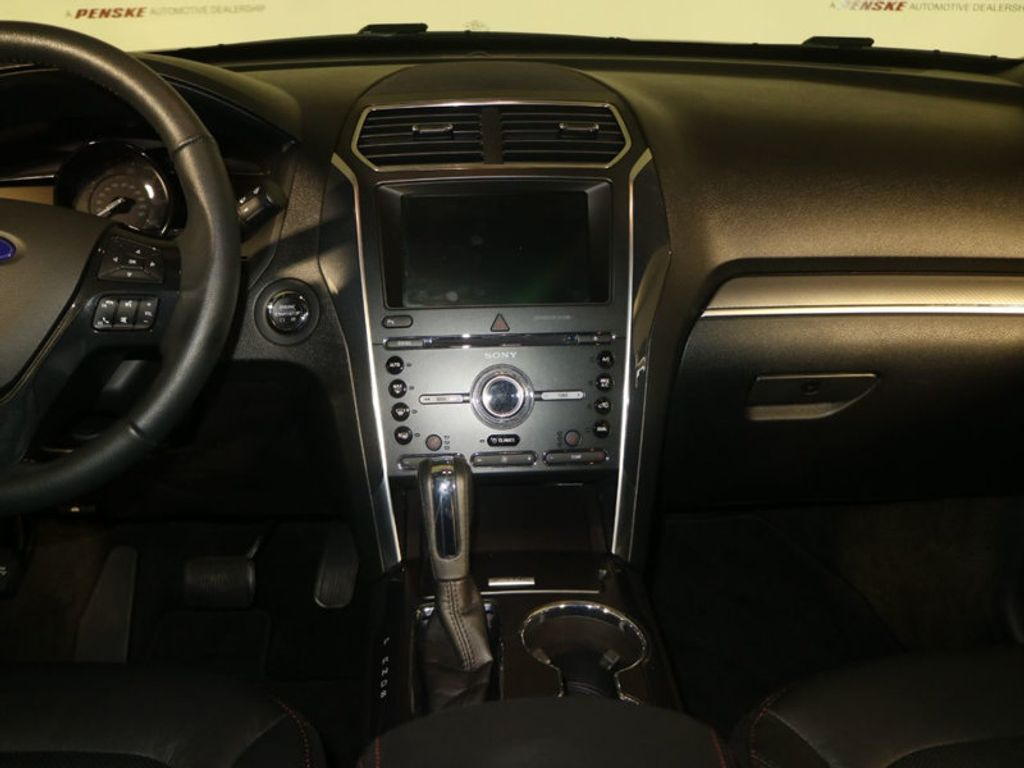 2018 Ford Explorer Sport 4WD - 18192625 - 12