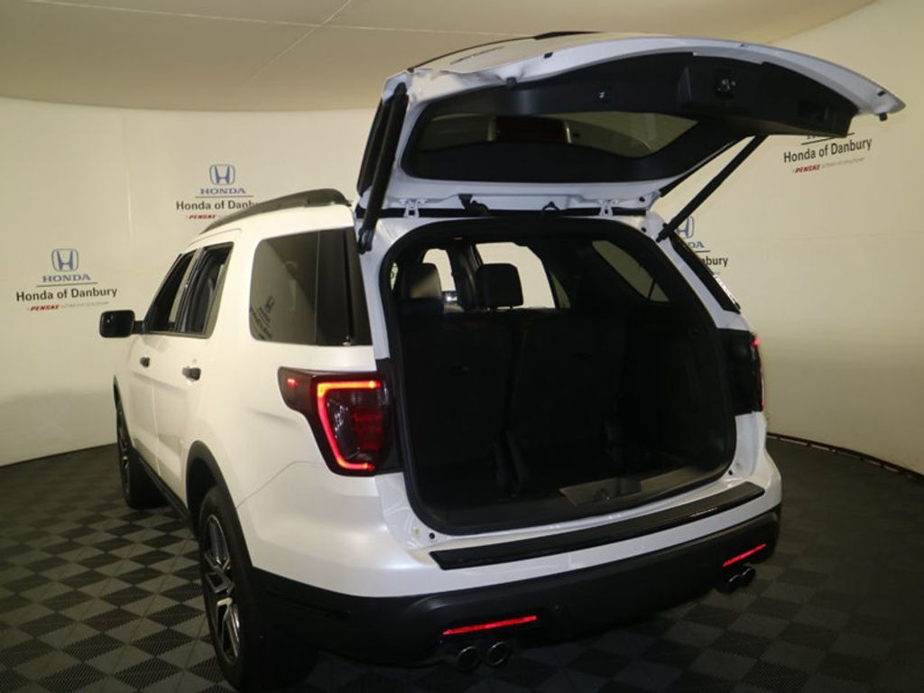 2018 Ford Explorer Sport 4WD - 18192625 - 7