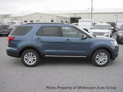 2018 Ford Explorer XLT 4WD - Click to see full-size photo viewer