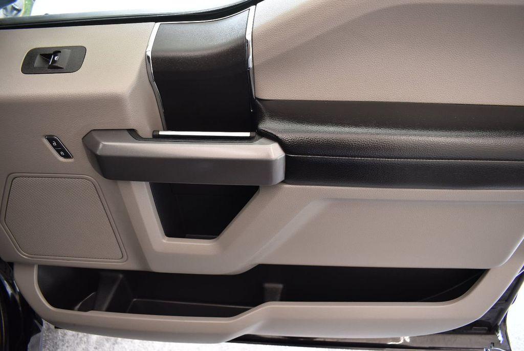 2018 Ford F-150 XLT 2WD SuperCrew 5.5' Box - 17899627 - 22