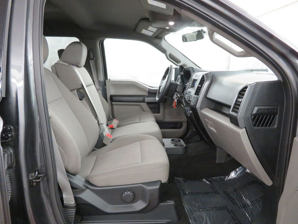 2018 Ford F-150 XLT 4WD SuperCrew 5.5' Box - 18406473 - 11