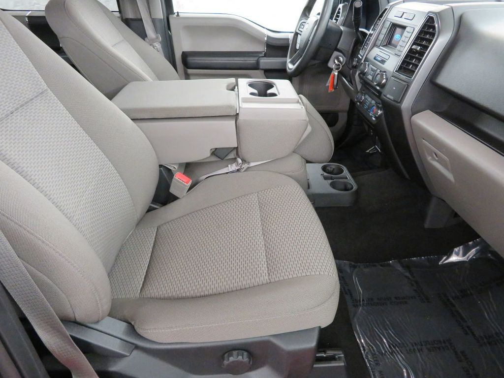 2018 Ford F-150 XLT 4WD SuperCrew 5.5' Box - 18406473 - 12