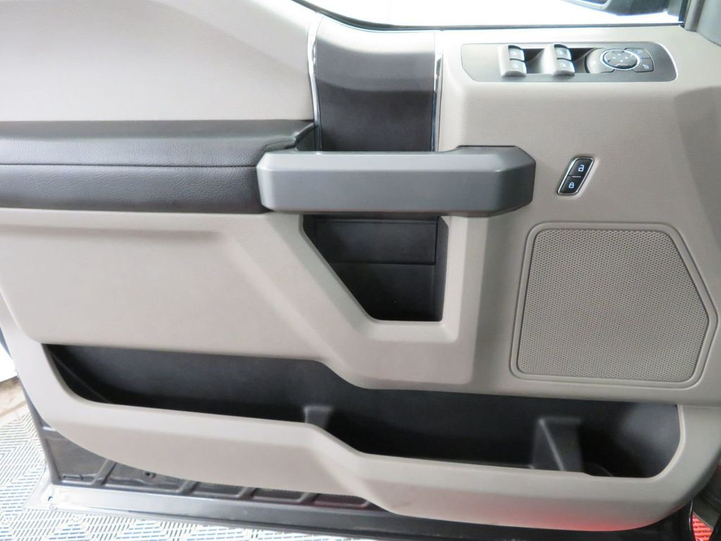 2018 Ford F-150 XLT 4WD SuperCrew 5.5' Box - 18406473 - 25