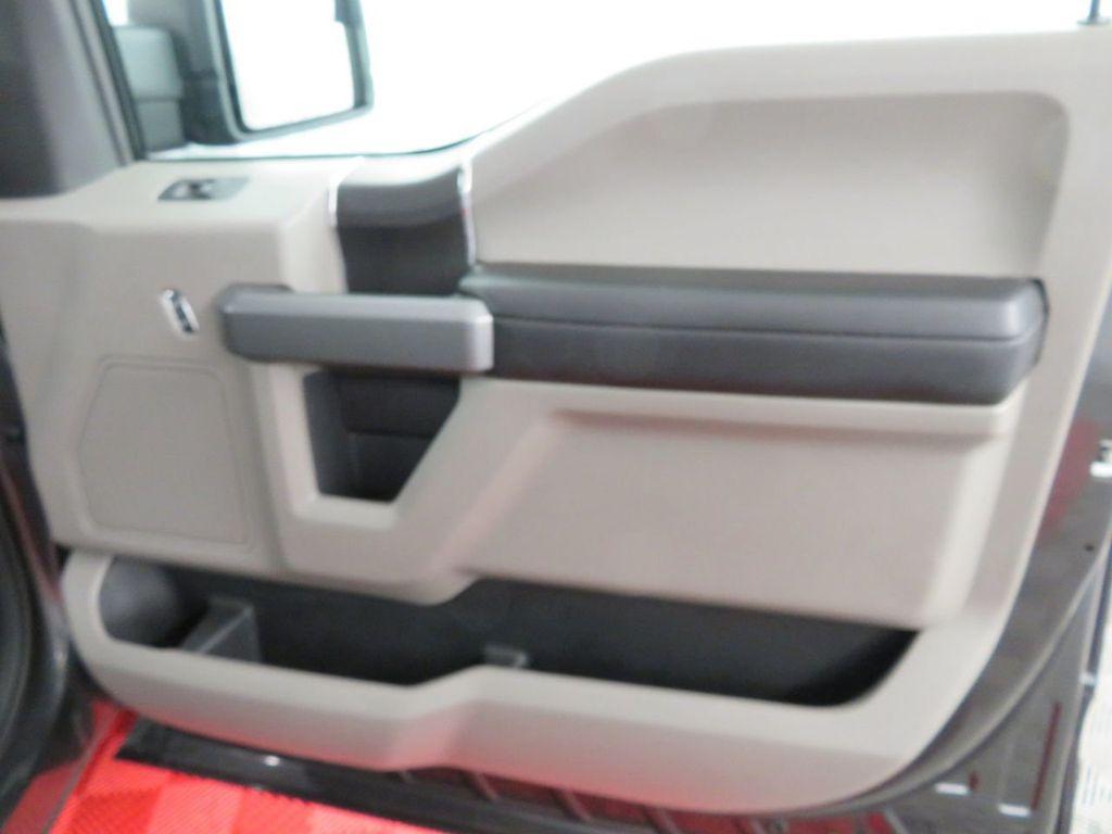 2018 Ford F-150 XLT 4WD SuperCrew 5.5' Box - 18406473 - 27