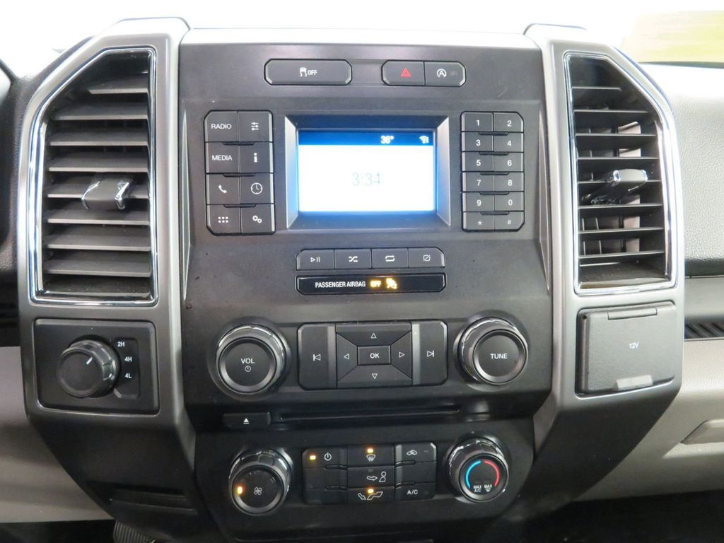 2018 Ford F-150 XLT 4WD SuperCrew 5.5' Box - 18406474 - 16