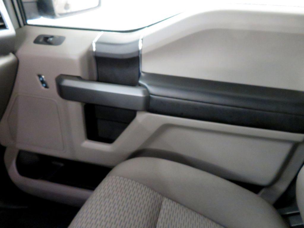 2018 Ford F-150 XLT 4WD SuperCrew 5.5' Box - 18406474 - 22