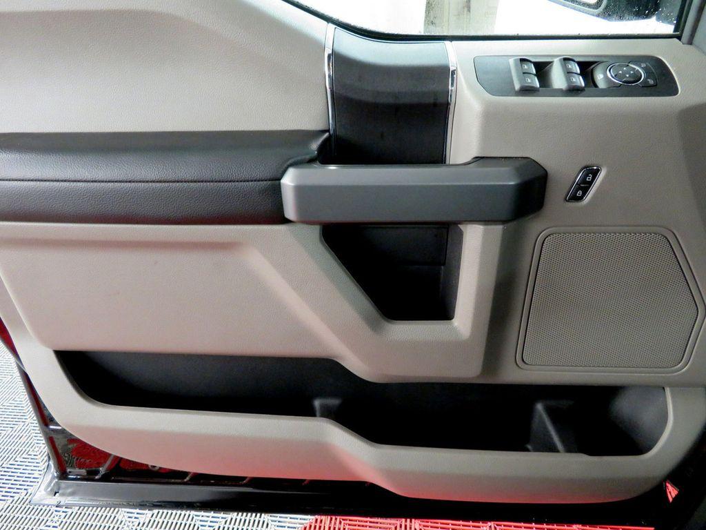 2018 Ford F-150 XLT 4WD SuperCrew 5.5' Box - 18406474 - 24