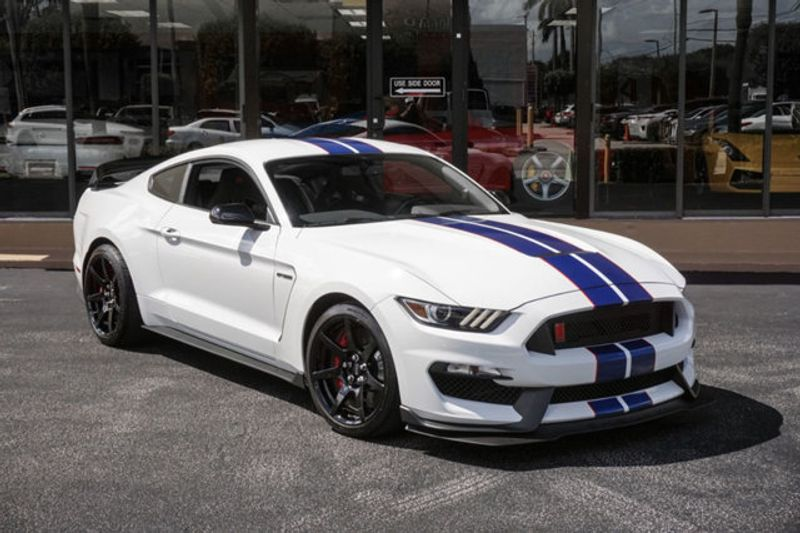 2018 Ford Mustang Shelby Gt350r Fastback Click To See Full Size Photo Viewer