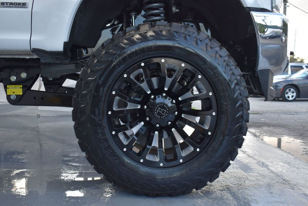 """2018 Ford Super Duty F-250 SRW 5"""" Rough Country Lift Kit with 20"""" Custom Rims & Tires - 18246523 - 6"""