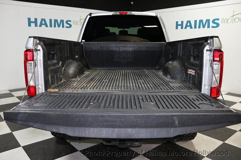 2018 Ford Super Duty F-250 SRW LIFTED W/LEATHER - 18611206 - 10