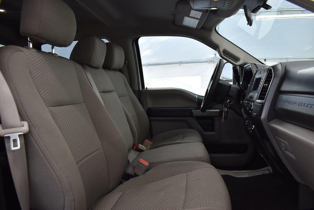 2018 Ford Super Duty F-250 SRW XLT - 18415849 - 19