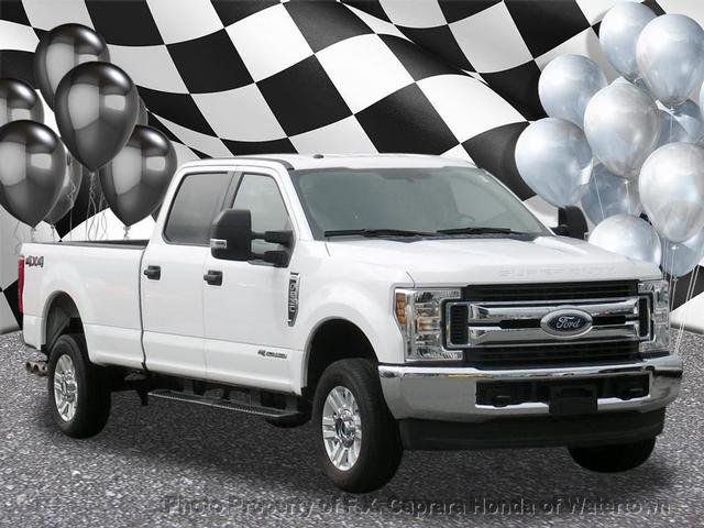 2018 Ford Super Duty F-250 SRW XLT 4WD Crew Cab 8' Box - 18097597 - 0