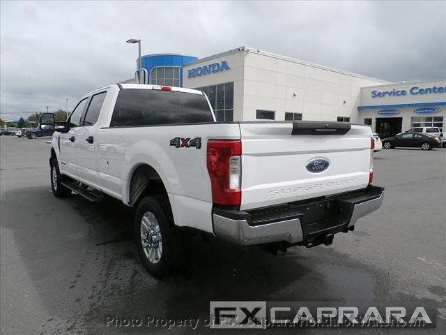 2018 Ford Super Duty F-250 SRW XLT 4WD Crew Cab 8' Box - 18097597 - 4