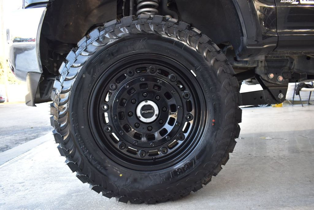 2018 Ford Super Duty F-250 SRW XLT 5''Rough Country Lift with 20'' Custom Rims & Tires - 18387256 - 9