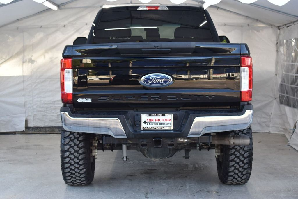 2018 Ford Super Duty F-250 SRW XLT 5''Rough Country Lift with 20'' Custom Rims & Tires - 18387256 - 5