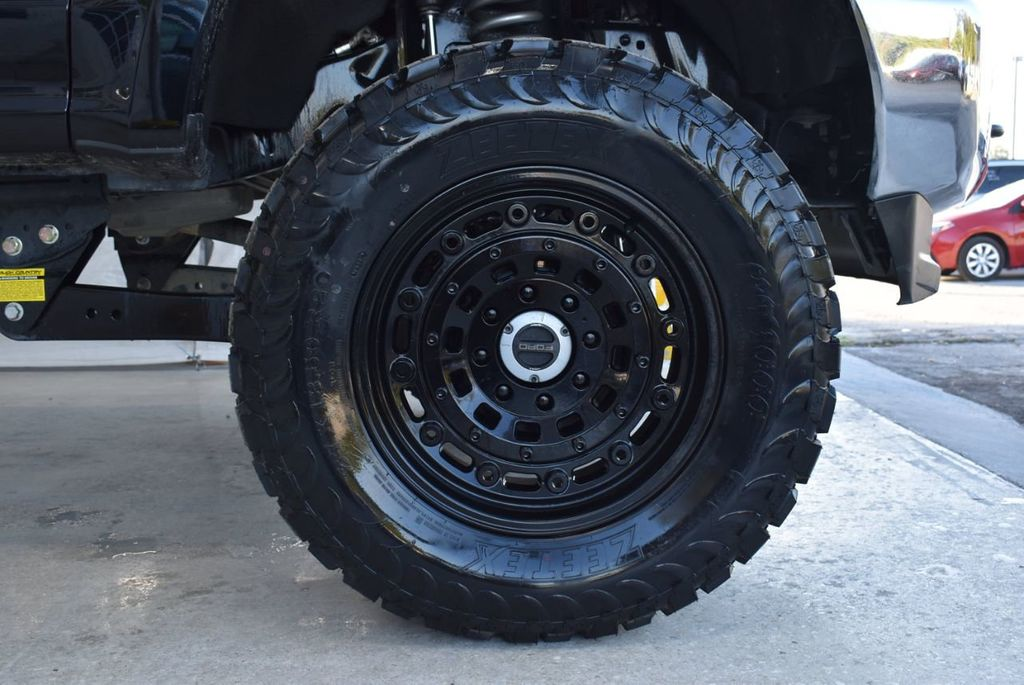 2018 Ford Super Duty F-250 SRW XLT 5''Rough Country Lift with 20'' Custom Rims & Tires - 18387256 - 6