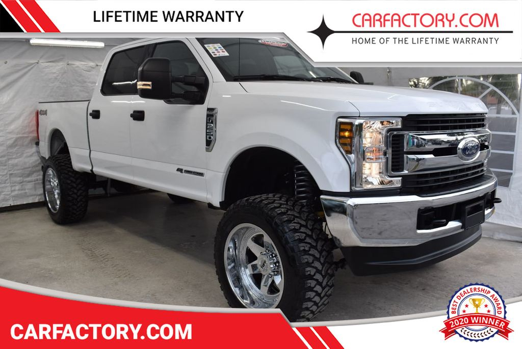 2018 Ford Super Duty F-250 SRW XLT 5''Rough Country Lift with 20'' Custom Rims & Tires - 18387257 - 0