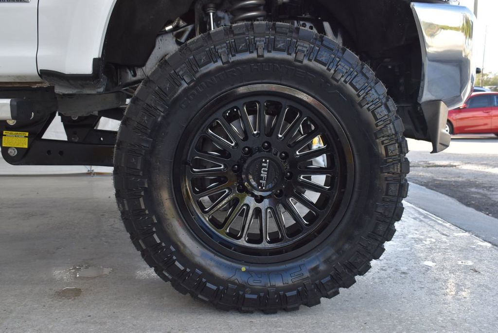 2018 Ford Super Duty F-250 SRW XLT 5''Rough Country Lift with 20'' Custom Rims & Tires - 18415851 - 6