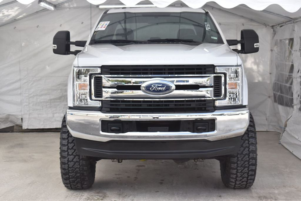 2018 Ford Super Duty F-250 SRW XLT 5''Rough Country Lift with 20'' Custom Rims & Tires - 18415852 - 2