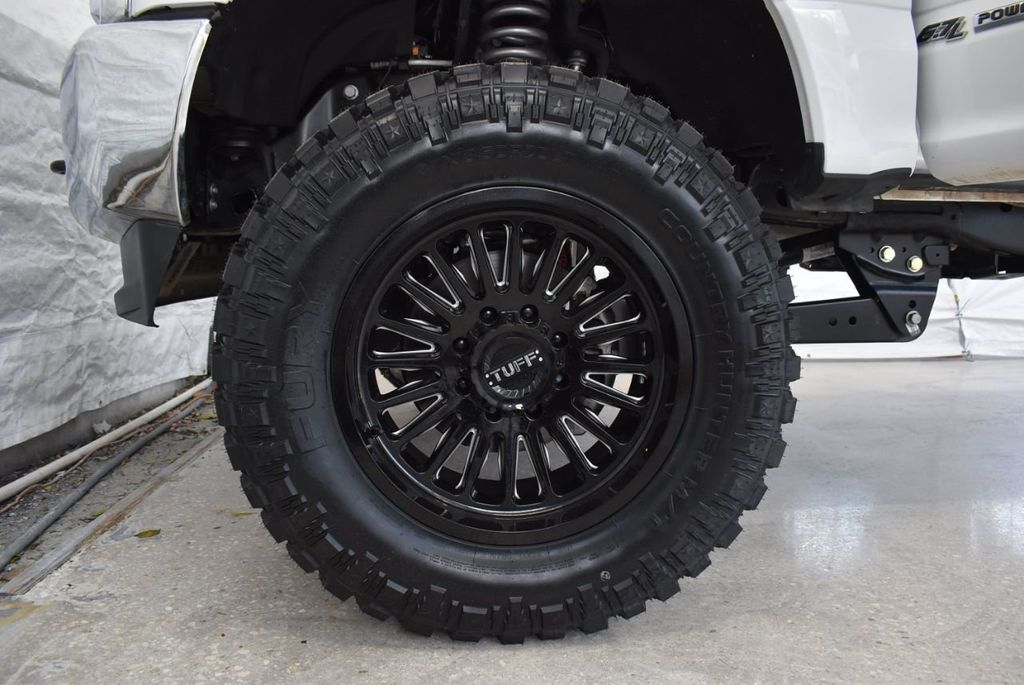 2018 Ford Super Duty F-250 SRW XLT 5''Rough Country Lift with 20'' Custom Rims & Tires - 18415852 - 7