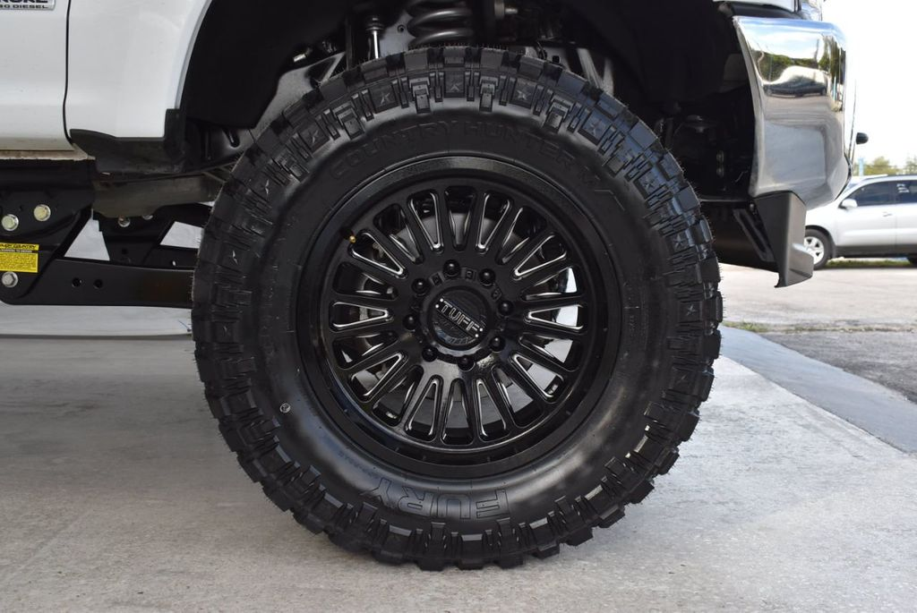 2018 Ford Super Duty F-250 SRW XLT 5''Rough Country Lift with 20'' Custom Rims & Tires - 18415852 - 8