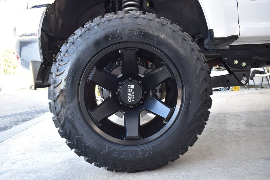 2018 Ford Super Duty F-250 SRW XLT 5''Rough Country Lift with 20'' Custom Rims & Tires - 18432680 - 9