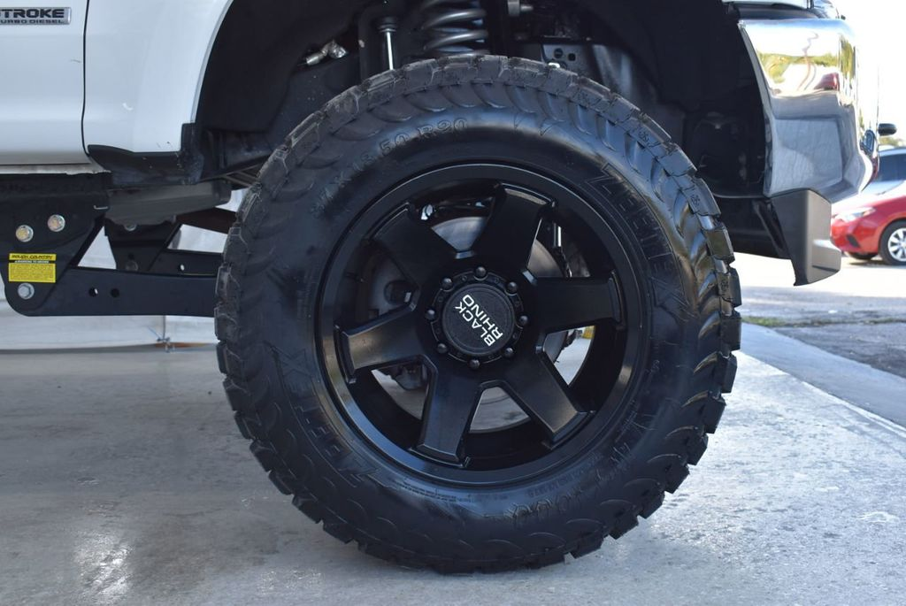 2018 Ford Super Duty F-250 SRW XLT 5''Rough Country Lift with 20'' Custom Rims & Tires - 18432680 - 6