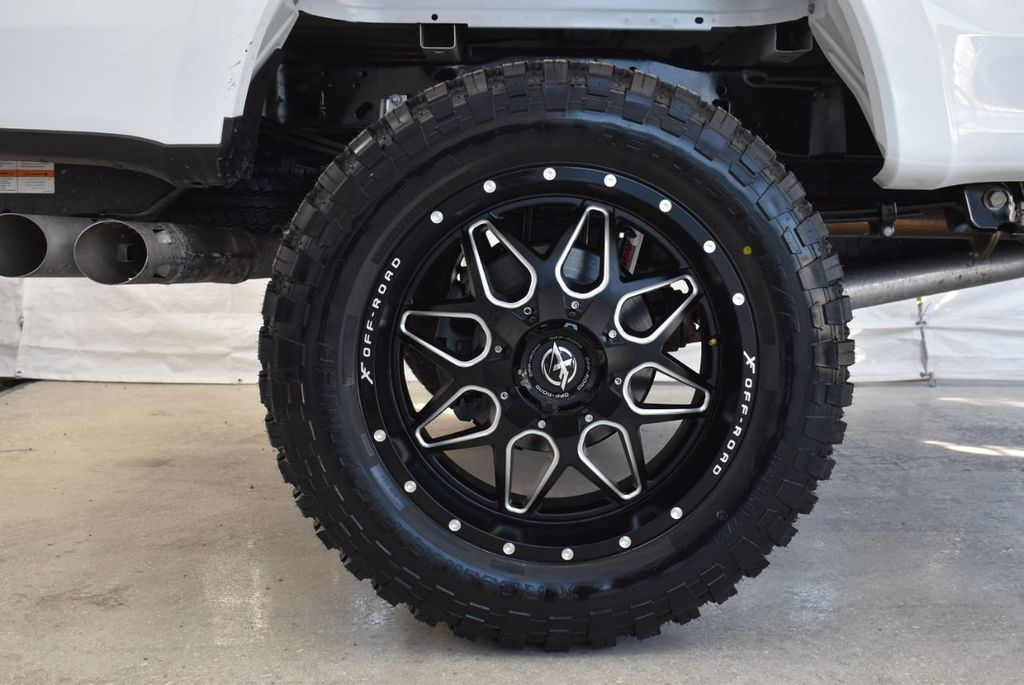 2018 Ford Super Duty F-250 SRW XLT 5''Rough Country Lift With 20'' Custom Rims & Tires Truck - 18432681 - 9