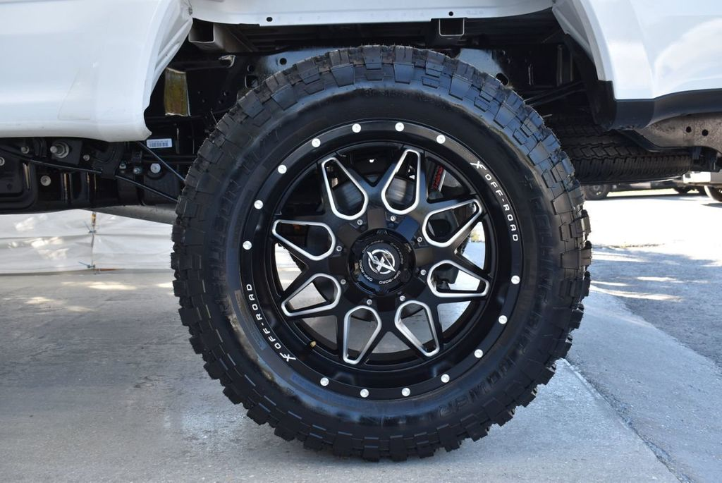 2018 Ford Super Duty F-250 SRW XLT 5''Rough Country Lift With 20'' Custom Rims & Tires Truck - 18432681 - 7