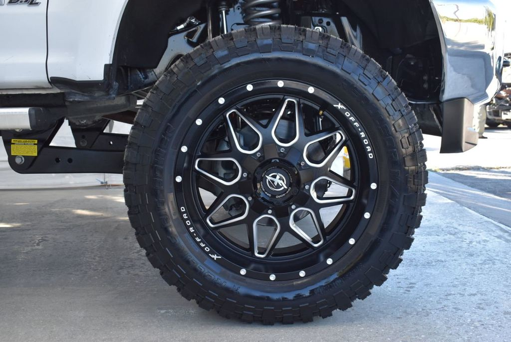 2018 Ford Super Duty F-250 SRW XLT 5''Rough Country Lift With 20'' Custom Rims & Tires Truck - 18432681 - 8