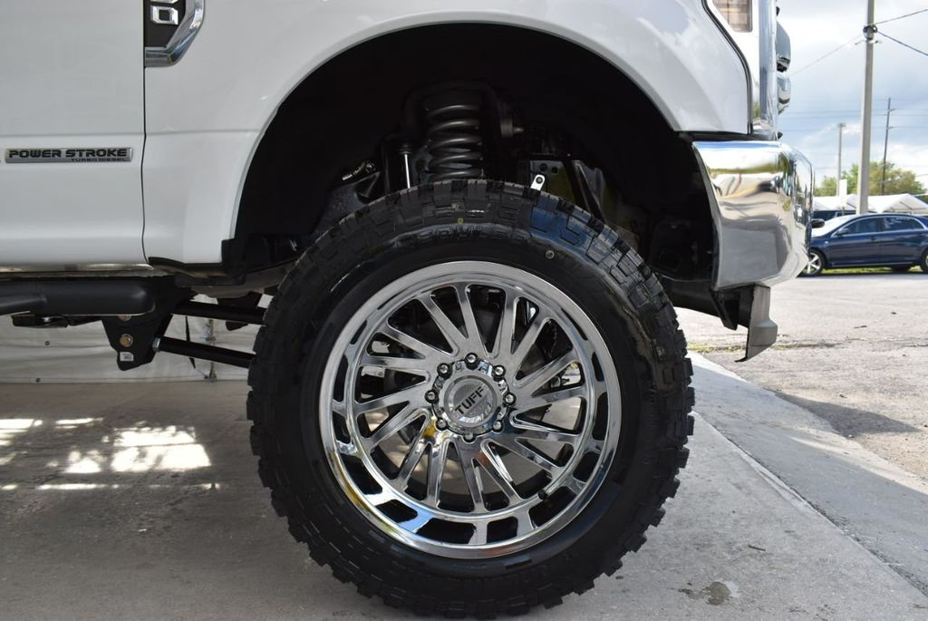 2018 Ford Super Duty F-250 SRW XLT 5''Rough Country Lift With 20'' Custom Rims & Tires Truck - 18637797 - 9