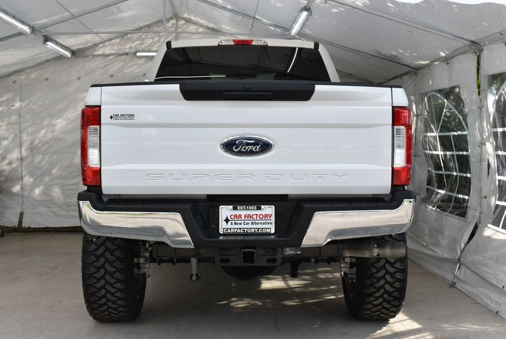 2018 Ford Super Duty F-250 SRW XLT 5''Rough Country Lift With 20'' Custom Rims & Tires Truck - 18637797 - 5