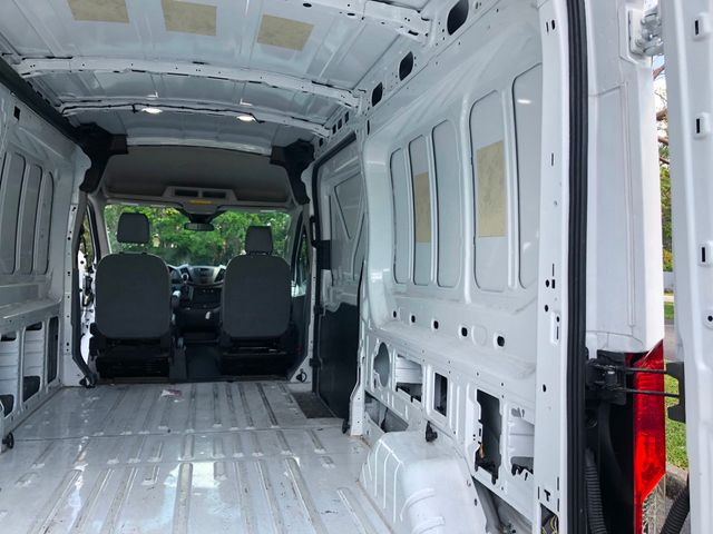 """2018 Ford Transit Van T-250 148"""" Med Rf 9000 GVWR Sliding RH Dr - Click to see full-size photo viewer"""