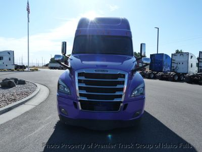 2018 Freightliner New Cascadia  - Click to see full-size photo viewer