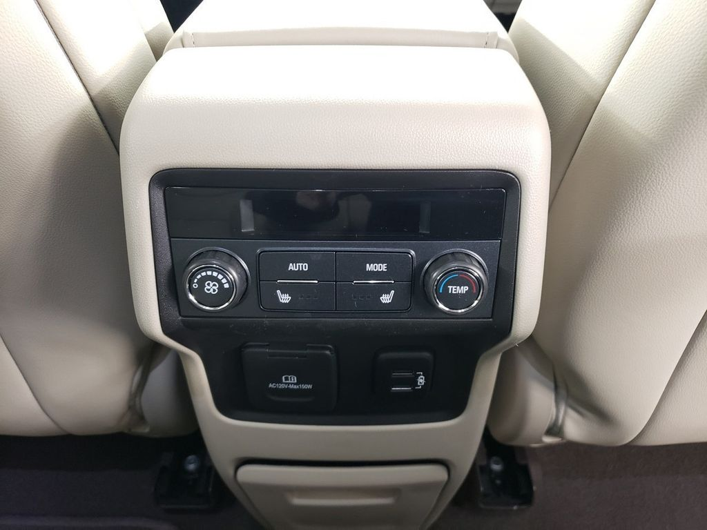 2018 GMC Acadia AWD 4dr Denali - 18382838 - 37