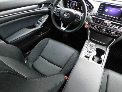 2018 Honda Accord Hybrid Sedan - Click to see full-size photo viewer