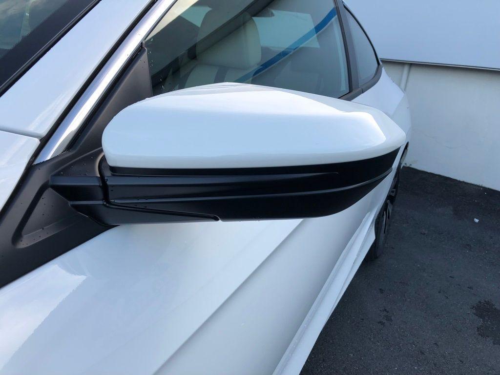 2018 Honda Civic Coupe LX CVT - 18150170 - 10