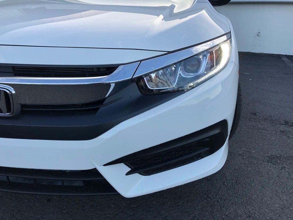 2018 Honda Civic Coupe LX CVT - 18150170 - 12