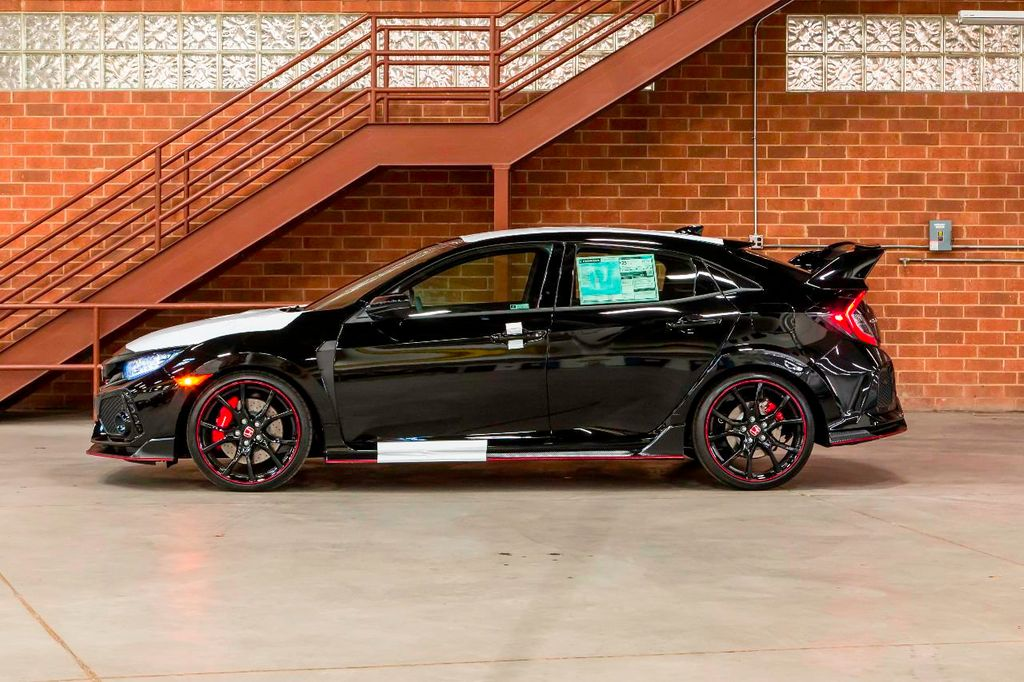 2018 used honda civic type r touring manual type r at gt auto mall serving arlington heights il. Black Bedroom Furniture Sets. Home Design Ideas
