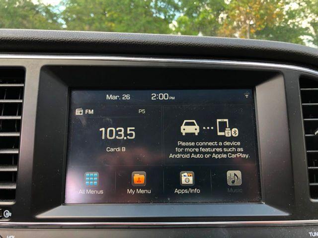 2018 Hyundai Elantra  - Click to see full-size photo viewer
