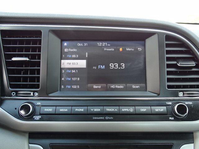 2018 Hyundai Elantra  - 18694087 - 10