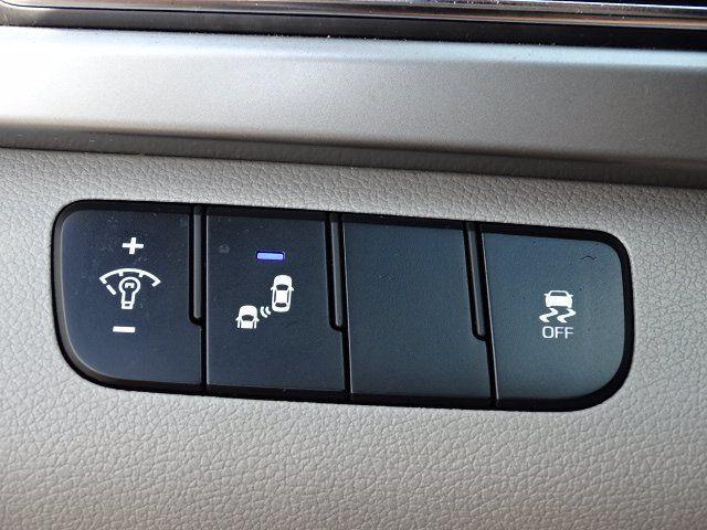 2018 Hyundai Elantra  - 18694087 - 13