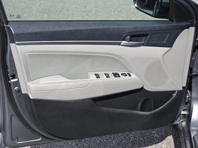 2018 Hyundai Elantra  - 18694087 - 16
